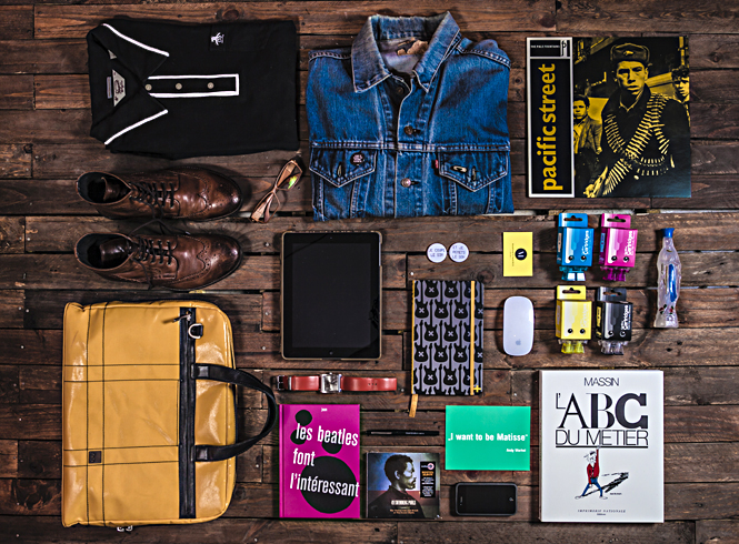 Essentials Pascal BLUA (aka MouseDesign) AD & Graphic Designer